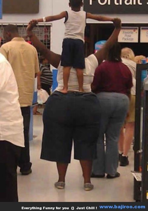 Funny People at Walmart (23 #funny brawl photos #funny spongebob photos #daniel radcliffe smoking #farts are | http://eyemakeupdestiney.blogspot.com