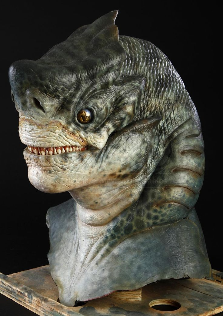 MEN IN BLACK II (2002) - Shark Guy Mask and Gloves - Price Estimate: $2000 - $3000