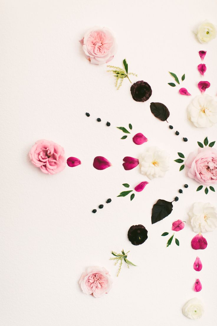 View entire slideshow: Flower Backdrops on http://www.stylemepretty.com/collection/1965/