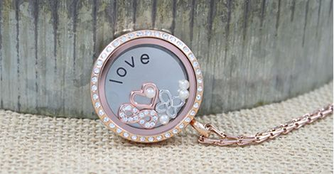 Simple Elegant South Hill Designs Locket  http://SouthHillDesigns.com/TammyTamayo