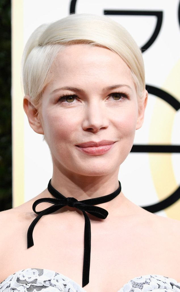 Michelle Williams from 2017 Golden Globes' Best Beauty Looks  A pale palette gave the actress a youthful and feminine vibe.