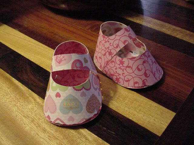 paper booties-These are so easy to make and such a great way to use up scrap paper in your stash