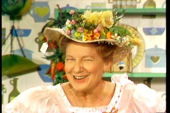 hee haw     Minnie Pearl: Hats, Childhood Memories, Heehaw, Punk Rocks, Country Music, Hee Haw, Minnie Pearls, County Music, People