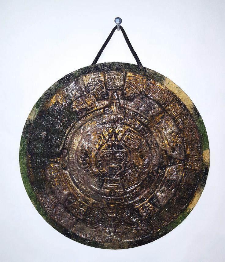 Камень солнца  (декор сна стену, полимерная глина)
