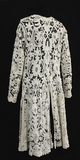 Handmade Irish crocheted lace coat, c.1900