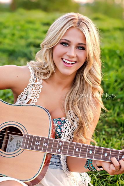 Senior photography with guitar.... love the use of meaningful props in pics.
