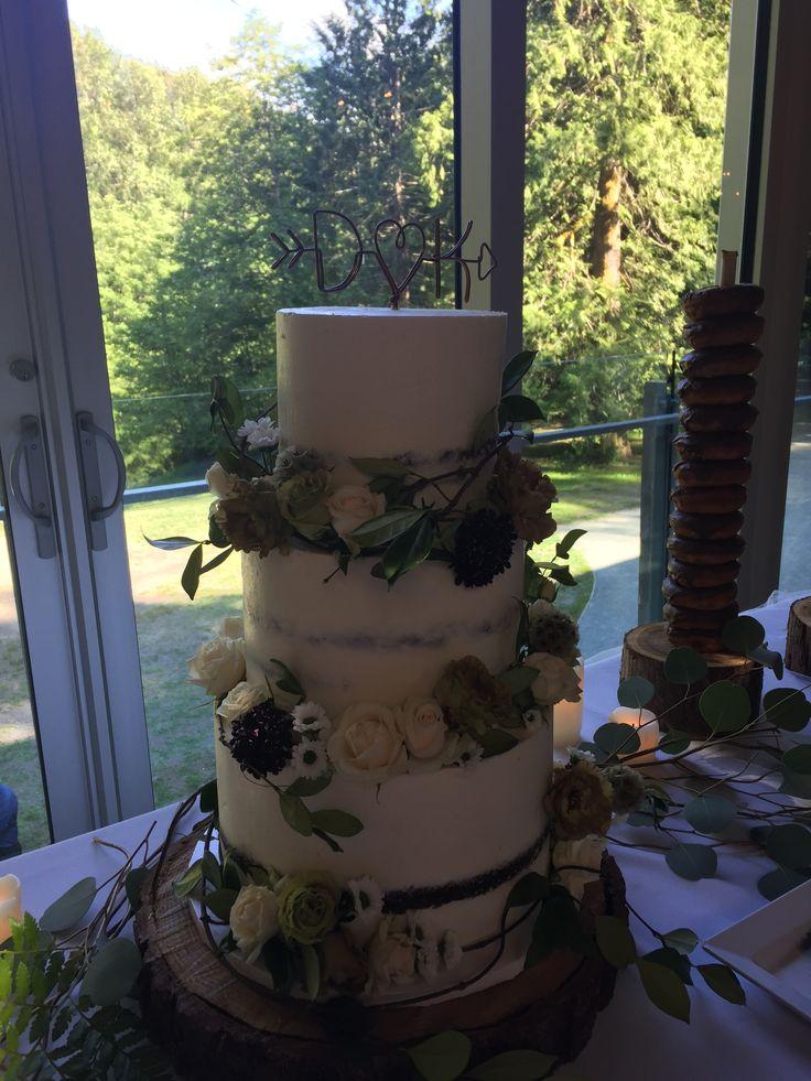 Wedding cake from real Squamish, BC wedding. #createweddingsandevents #vancouverweddings