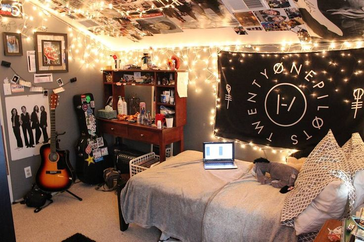 Best 25 rock bedroom ideas on pinterest rock room punk Indie room decorations