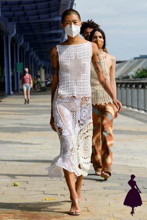 Eckhaus Latta y la pasarela hippie chic ¡saca ideas! New York Fashion, Love Fashion, Fashion News, Fashion Show, Fashion Trends, Knitwear Fashion, Crochet Fashion, Moda Crochet, Eckhaus Latta
