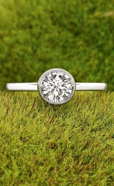 Love the delicate milgrain detail of this gorgeous engagement ring.