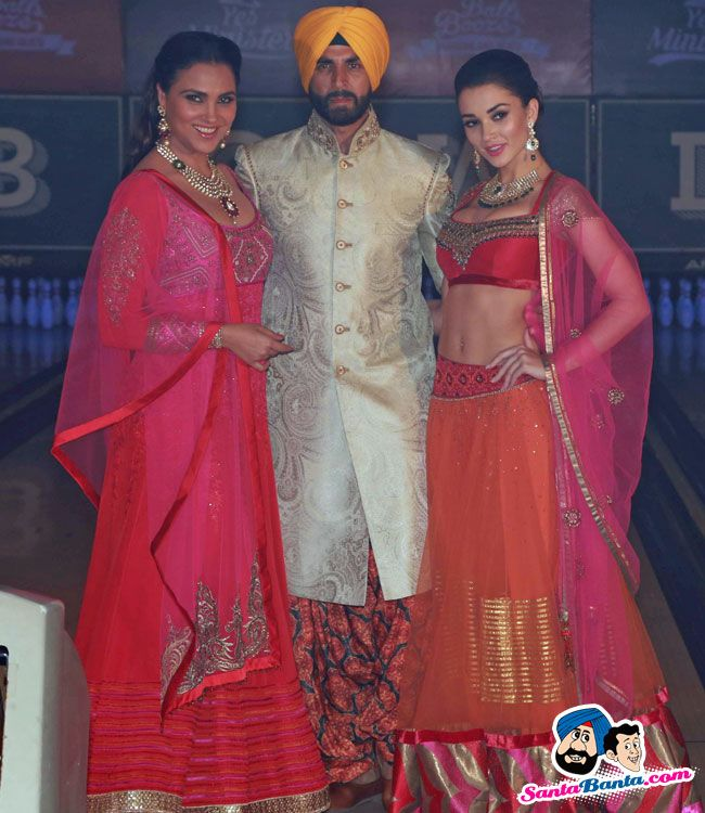 Singh Is Bliing Promotional Event -- Lara Dutta, Akshay Kumar and Amy Jackson Picture # 318631