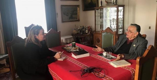 Σ. Καργάκος: Επιζητείται ο τεμαχισμός της Ελλάδας. Δεν είμαστε άξιοι για ελευθερία. Τα δάκρυα του πατριώτη ιστορικού και οι αποκαλύψεις του - Pentapostagma.gr : Pentapostagma.gr