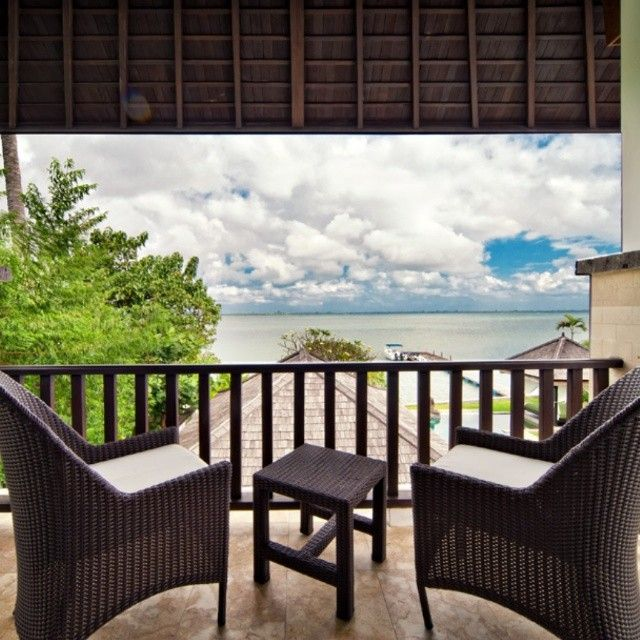 morning sunshine! #bali #balivilla #villa selamanya #beachfront #ilovebali #balibali #balivacation #baliholiday #geriabali #geriabalivacation #glipho #globalportraits #gbv #hgtv #glass #liketolike...