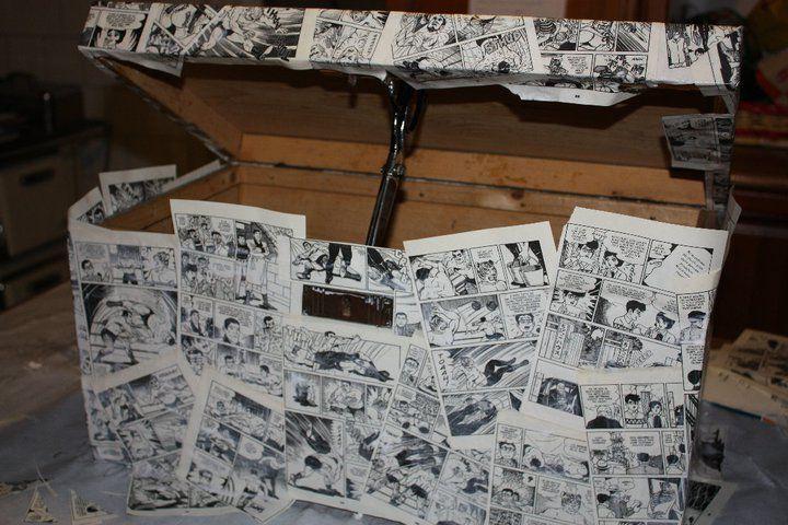 Ho poi continuato incollando le pagine su tutti i lati del baule, rifilando una volta asciutto tutte le parti in eccesso