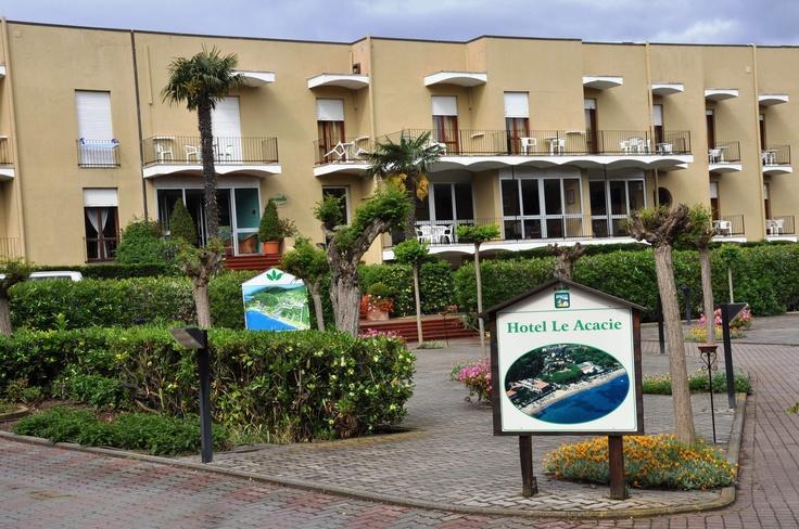 Benvenuti all'Hotel Residence Le Acacie
