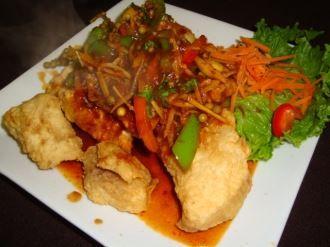 Thai restaurant, Nine d'urso and Red chili on Pinterest