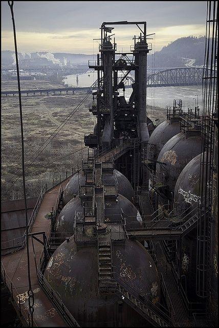 archilista:  Steel Mill|hoodwatch© .via abandoned #ARCHIlistais onFBNOW!!!
