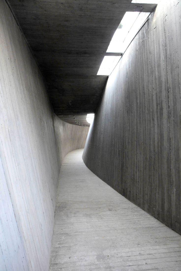5170a240b3fc4b7487000014_tree-art-museum-daipu-architects_006.jpg 2 000 × 3 000 pixels