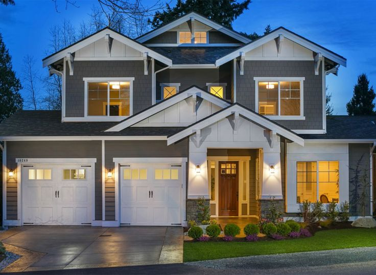 Best Multiple Gables Decorative Wood Trim And Staggered Garage 400 x 300