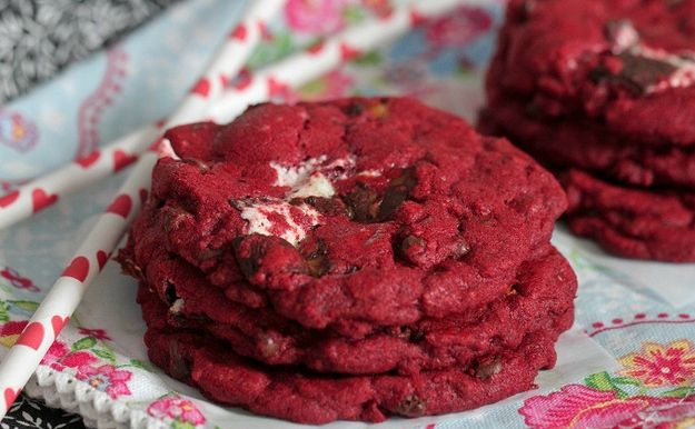 Red Velvet Milkyway Cookies | Community Post: 30 Amazing Cookies For Your Holiday Cookie Swap