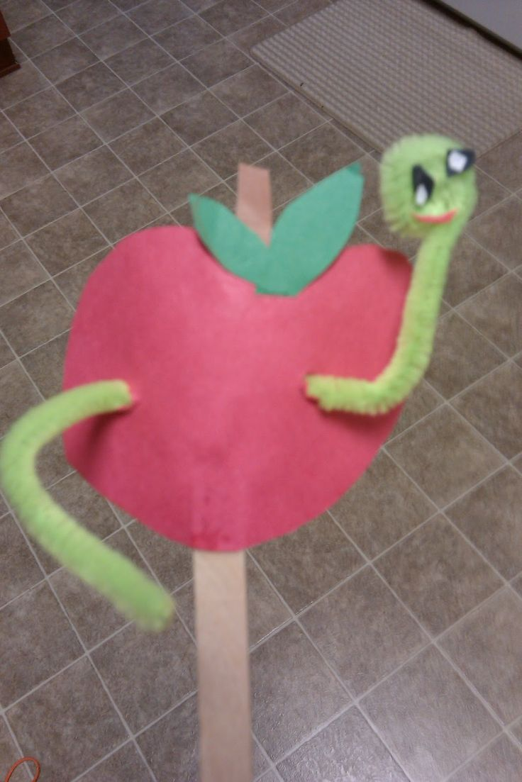 My Favorite Things...from the teaching Mom: Apple Worm Craft