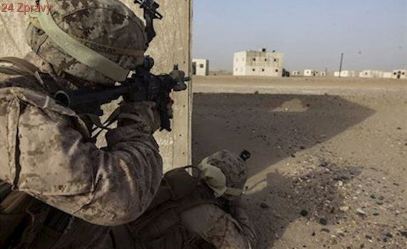 Americká armáda povolí turbany i hidžáby. Když budou nehořlavé a v barvě uniformy