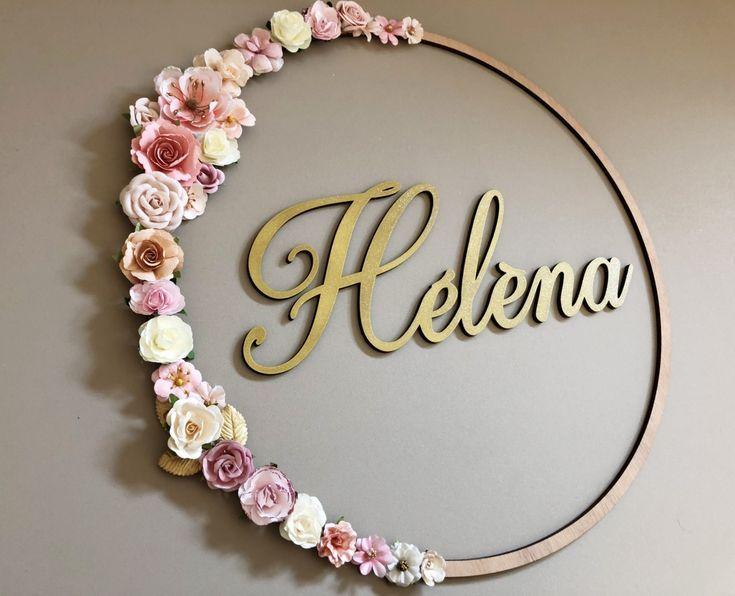 Blumenkranz mit personalisiertem Namen, romantischer Dekoration, böhmischem