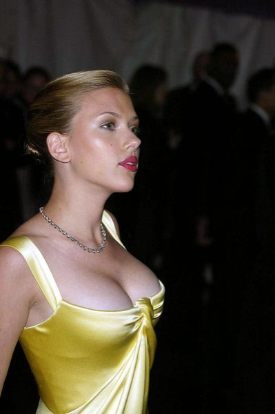 Scarlett Johansson Hacked Cellphone In 2019 Scarlett