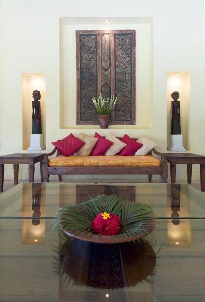 Bali villa decor