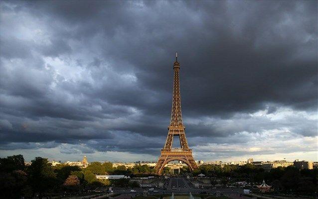 Ο Πύργος του Άιφελ έκλεισε λόγω… πορτοφολάδων