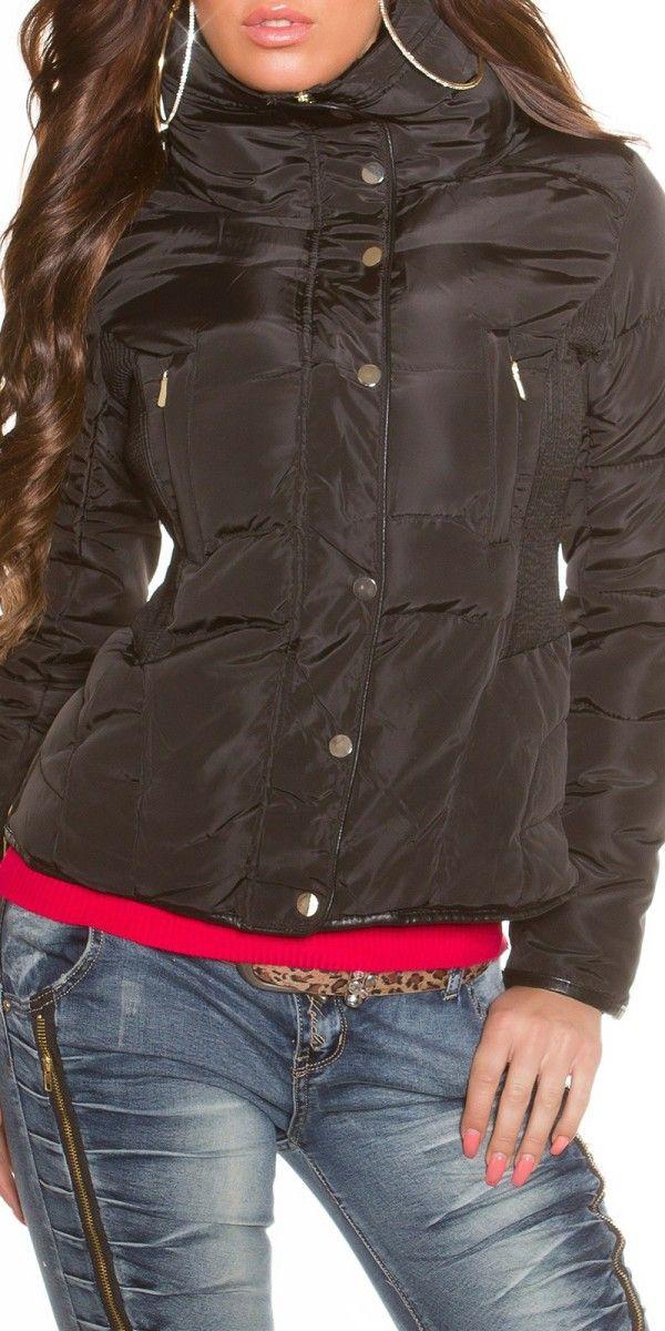 Dámská zimní bunda černá - bunda má vysoký límec, který je zevnitř vyteplen jemným kožíškem