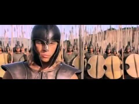 Pequeño Cortometraje basado en la pelea de Hector vs Aquiles de la pelicula Troya... Espero que les guste.