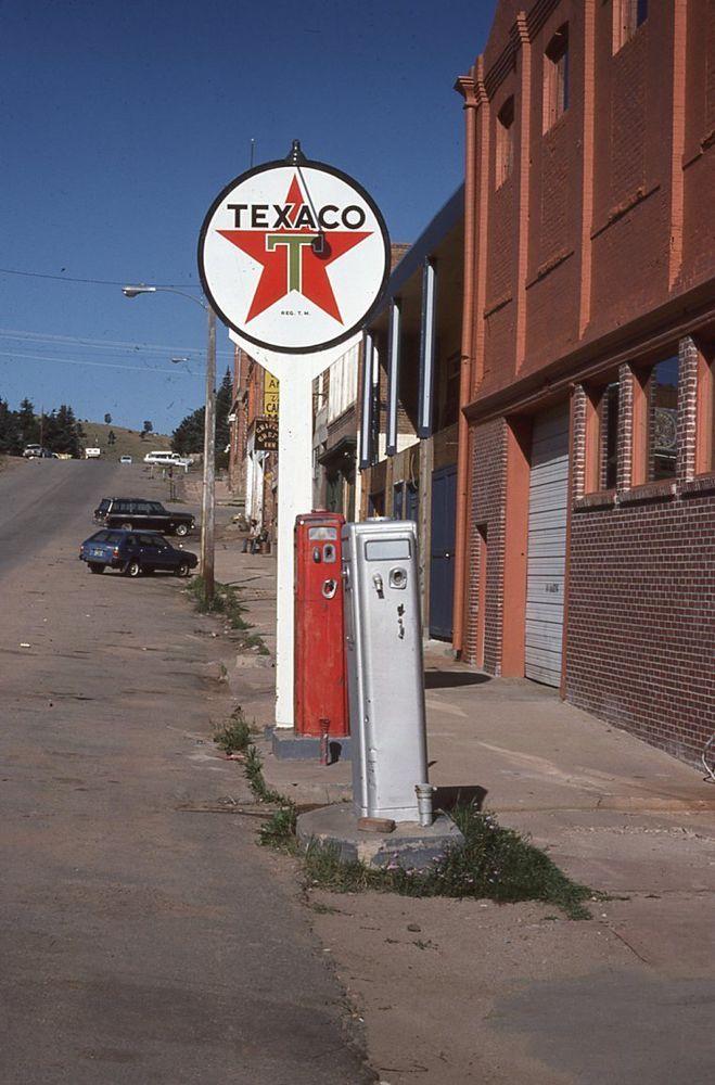 M: Original Slide TEXACO Gas Station Sign+Gas Pumps - Cripple Creek