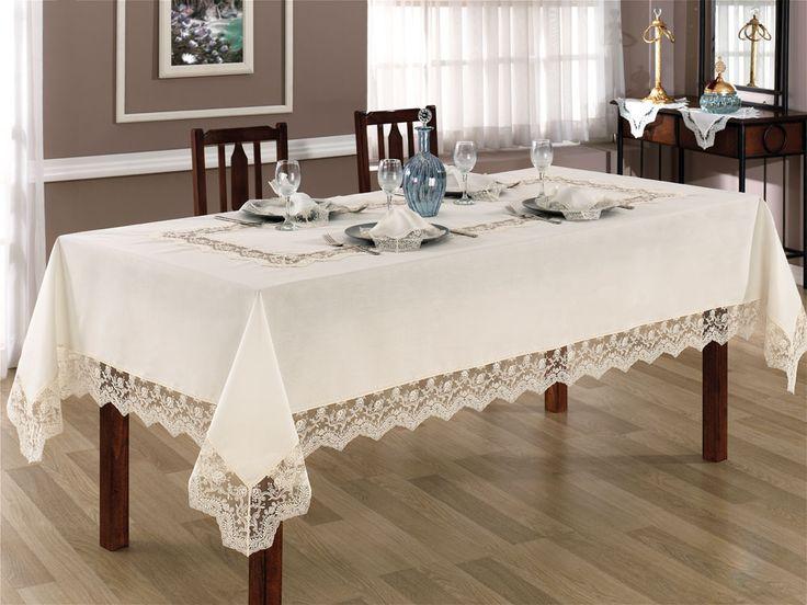 Çiğdem Masa Örtüsü leke tutmayan % 100 polyester dertsiz kumaştan üretilmiştir. Leke tutmayan kumaşı sayesinde kolay ve rahat kullanım olanağı sağlar.