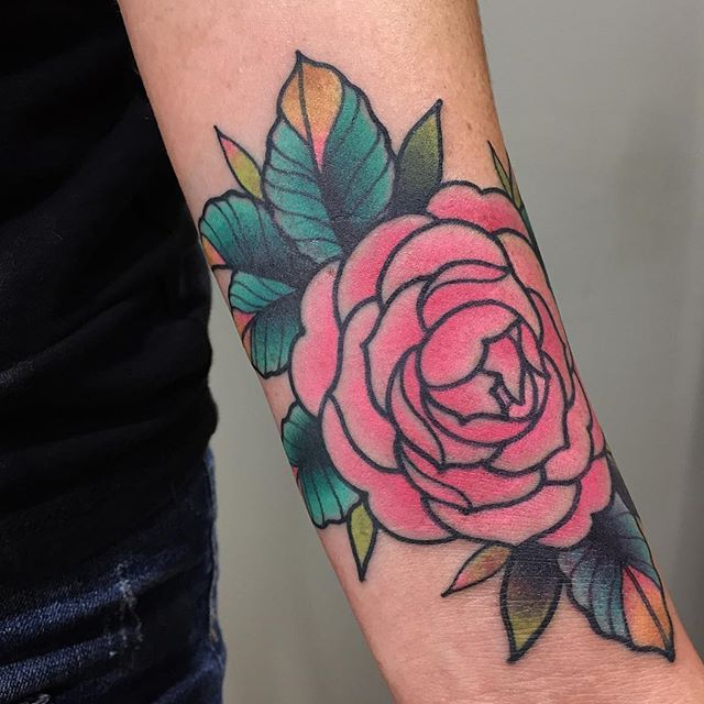 Tillydee S Photo A Camellia Flower For Amy I Love Tattooing All Flowers Thanks For Coming To See Medium Tattoos Traditional Tattoo Flowers Girly Tattoos