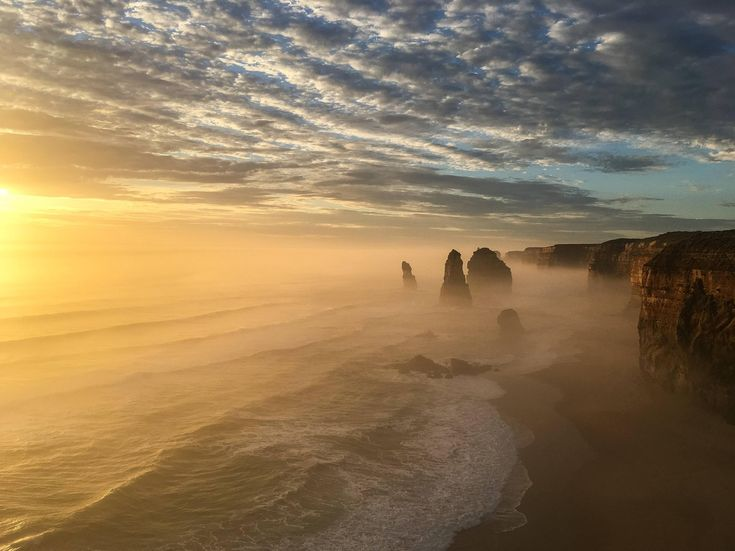 Twelve apostles sunset.   - #funny #lol #viralvids #funnypics #EarthPorn more at: http://www.smellifish.com