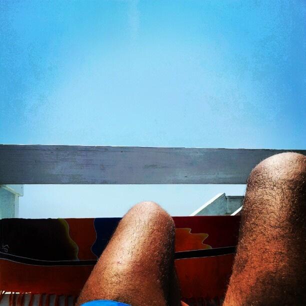 ..elaborando al sole .. necessita una birra! - @io_achab- #webstagram