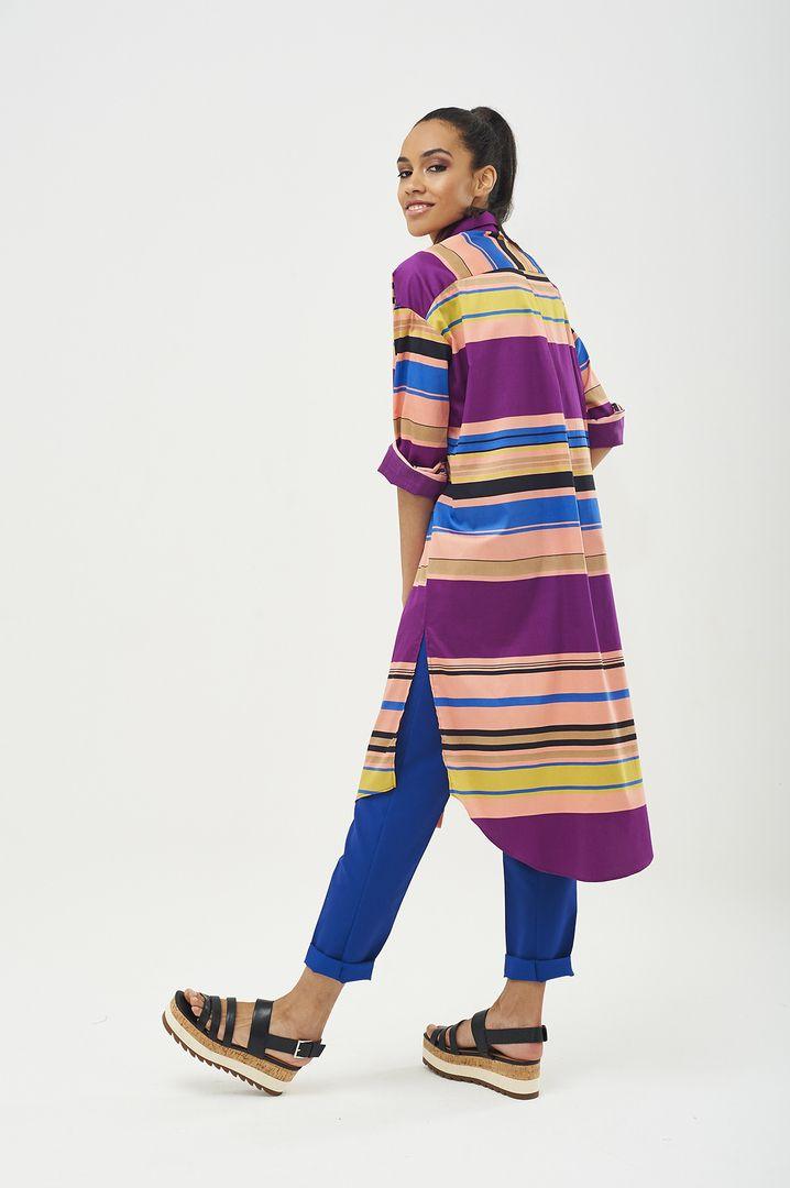 Яркое платье-рубашка с разрезами по бокам ассиметричного кроя, выполнено из хлопка в разноцветную горизонтальную полоску.  Ваш #SarafanMoscow #fashion #дизайнерскаяодежда #российскиедизайнеры #российскиебренды #русскийбренд #весналето2017 #коллекция2017 #сарафан #sarafan