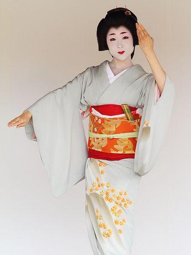 Kyoto Odori Performance. Geiko version ---motion D--- | Flickr - Photo Sharing!