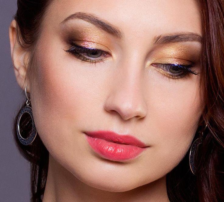 Вечерний макияж с золотом