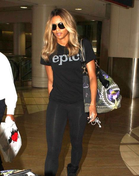Ciara Photo - Ciara Arriving On A Flight At LAX