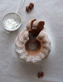 Krásnou slunečnou neděli!       Dnešní sladký dezert je jako na míru šitý nebo lépe řečeno pečený naší Lucince.   Tak jako se mění chutě...