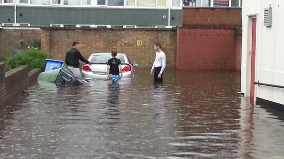 Flash floods reported in Norfolk and Essex |  20 Jul 2014