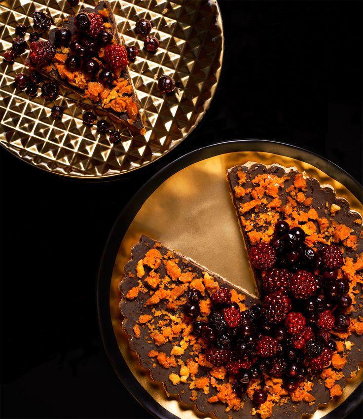 Chocolate tart with Honeycomb and Wild berries.
