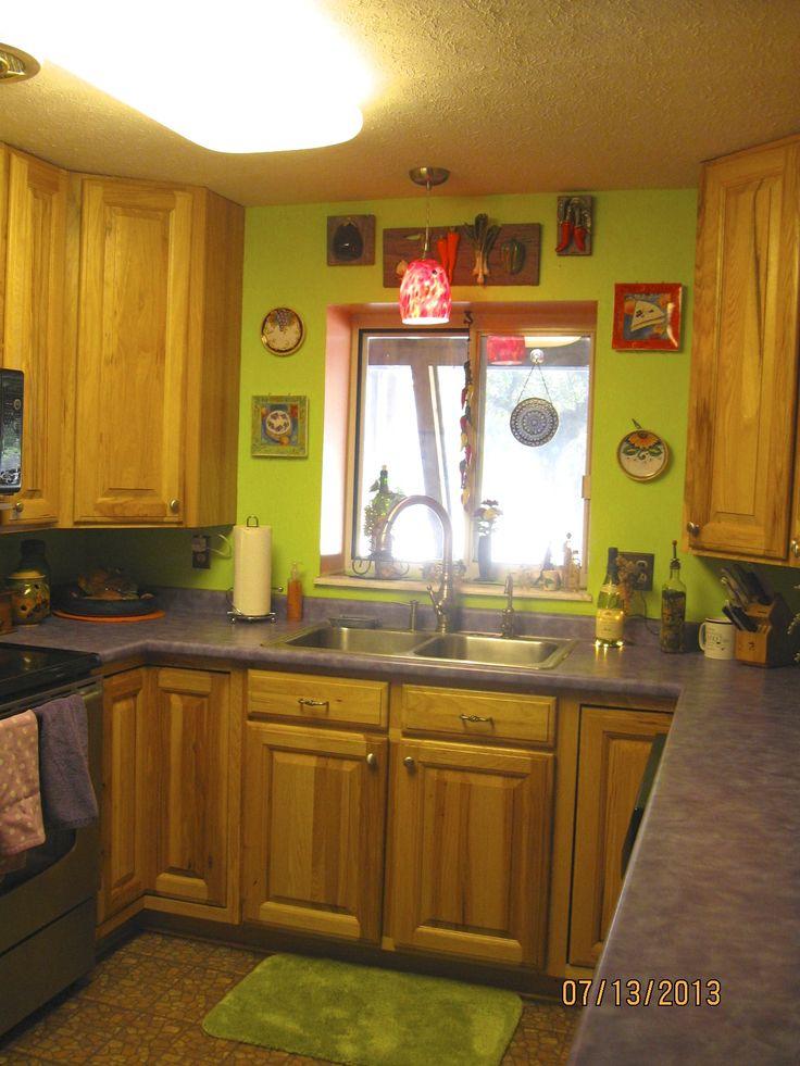 17 best ideas about purple kitchen walls on pinterest for Purple and green kitchen ideas