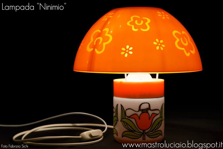 """Ninimio"" lamp, made with a vintage sugar jar in ceramic and plastic (base), orange plastic colander (lampshade). #lamp #ceramic #plastic #orange #vintage #redesign #handicraft #recycle #reuse #artigianato #lampade #lights #luci #handmade"