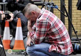 30-Nov-2013 17:18 - DODENTAL HELIKOPTERCRASH OPGELOPEN NAAR ACHT. De crash van een helikopter op een pub in het Schotse Glasgow heeft zeker acht mensen het leven gekost. Dat heeft de Schotse politie op een persconferentie gemeld.
