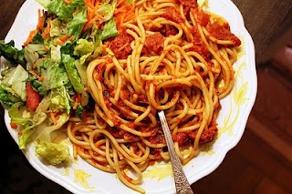 Food and Drinks: Spaghetti Salad, Food Pictures Ideas, Food Ideas, Lunch Ideas, Dinner Ideas, Yummy, Delicious Meals, Delicious Food