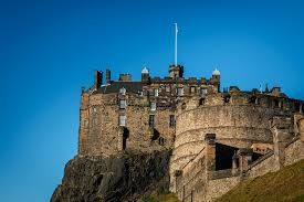 Castello di Edimburgo #Castle #Edimburgo #viaggi #journey / seguici su www.cocoontravel.uk