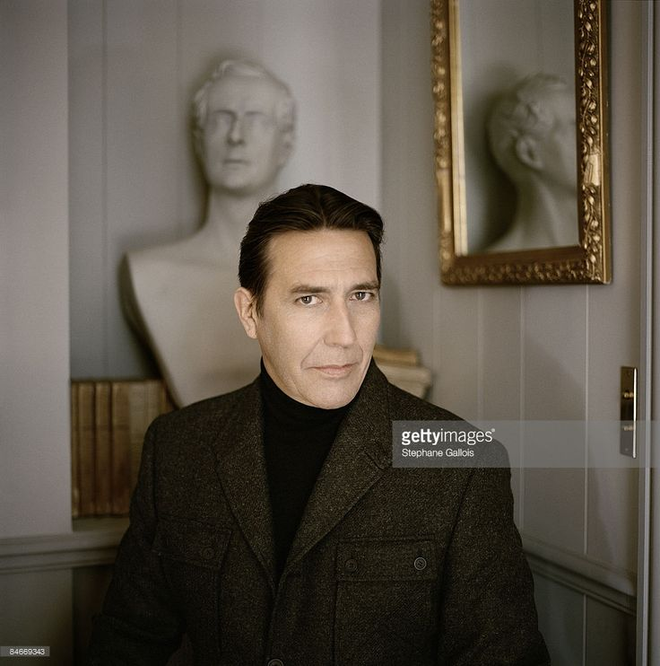 Actor Ciaran Hinds poses at a portrait session for Vogue US in New York on Septembre 25, 2007. (photo by Stephane Gallois/Contour by Getty Images).